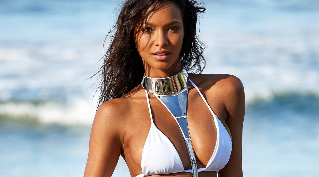 These Five GIFs Will Make You Fall Head Over Heels for Lais Ribeiro!