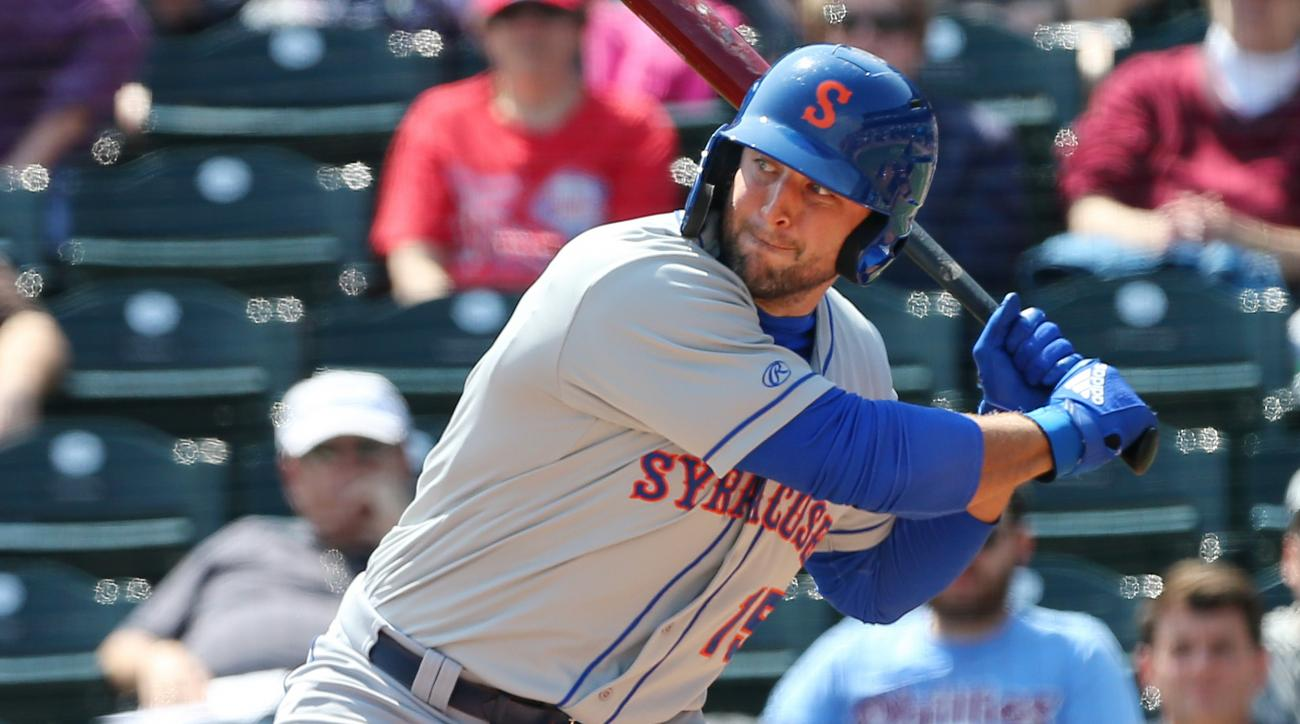 Tim Tebow Strikes Out vs. Position Player Making First Pitching Appearance
