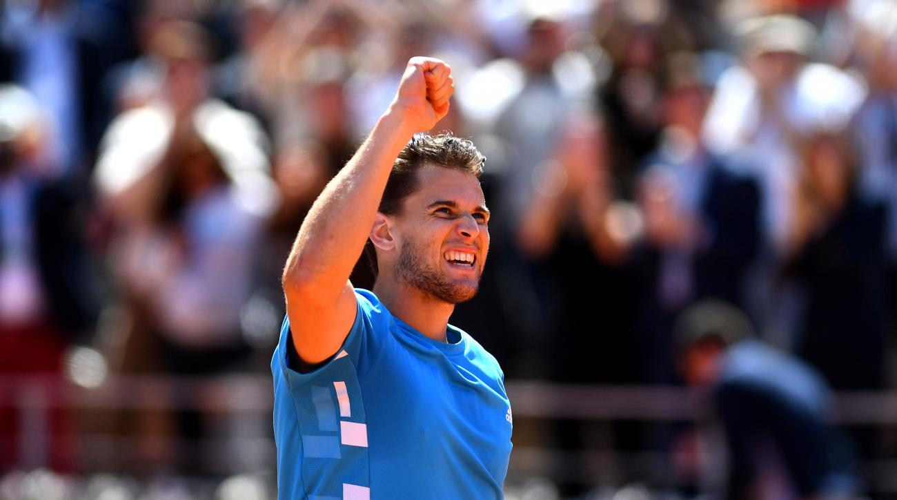 Rafael Nadal dominates Roger Federer to reach 12th Roland Garros final