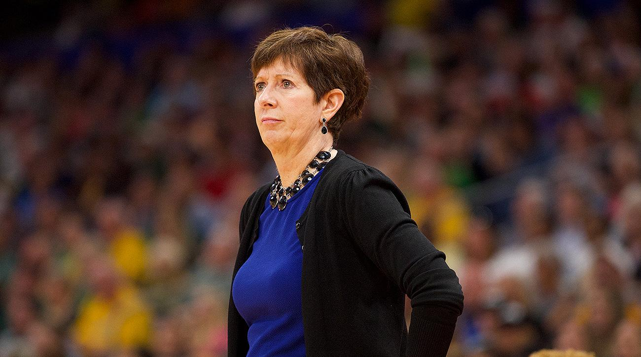 Notre Dame basketball Muffet McGraw women's equality speech Final Four