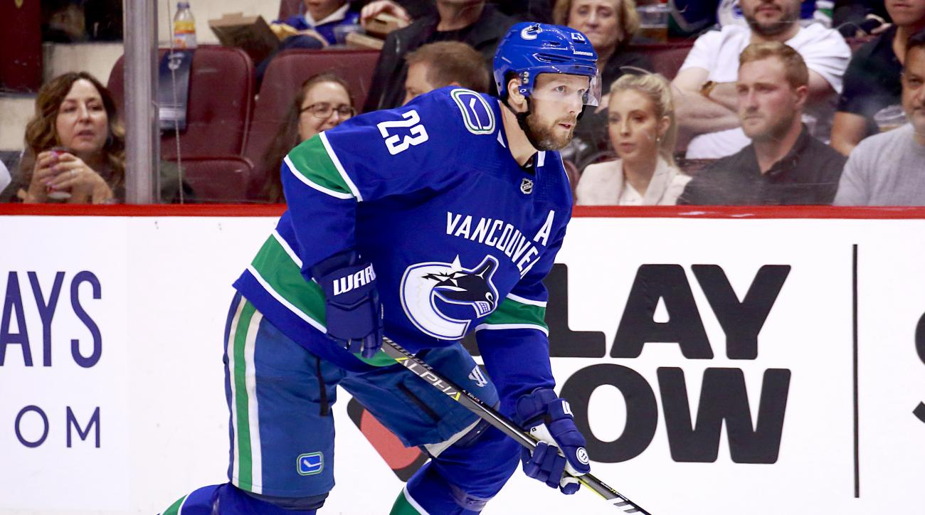 Canucks sign 'cornerstone' Edler to 2-year, $12M deal