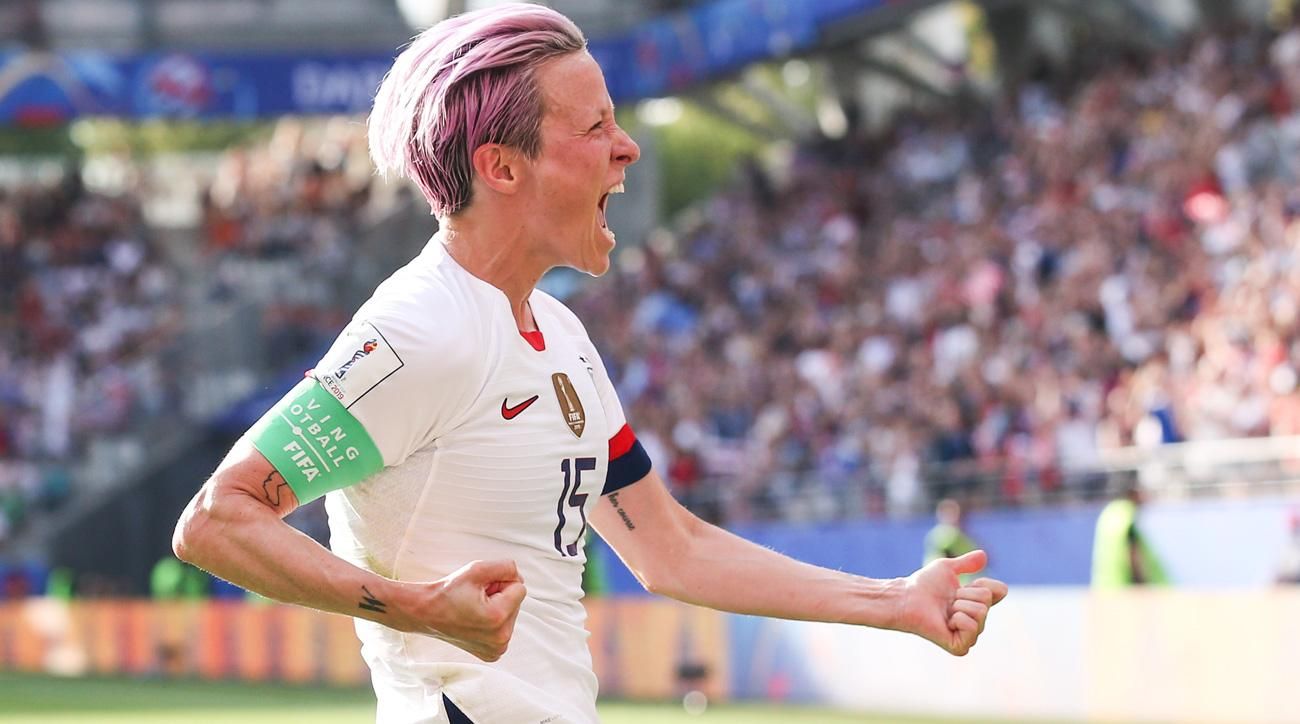 Megan Rapinoe scores for the USA vs. Spain in the Women's World Cup