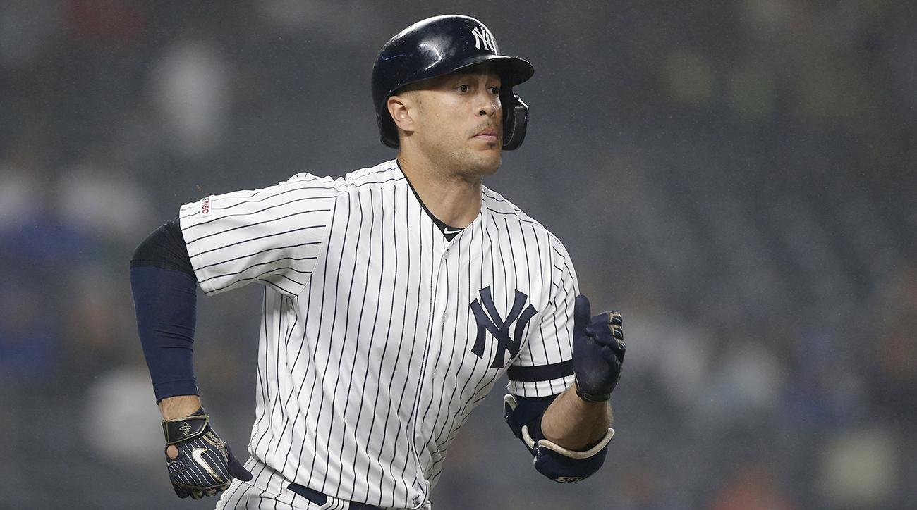 Giancarlo Stanton returns to IL for Yankees