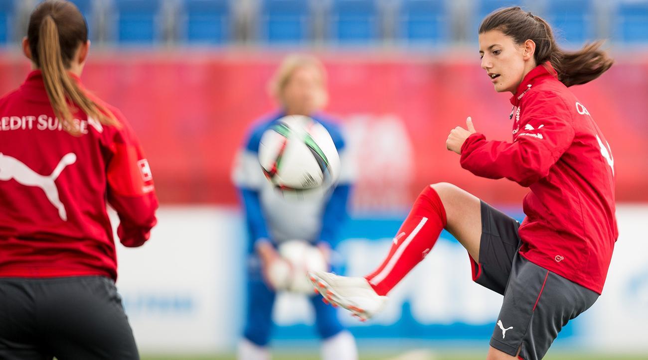 soccer, Switzerland, Florijana Ismaili, italy, wire