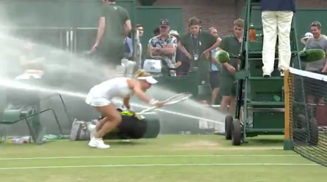 Wimbledon tennis sprinkler issue causes havoc on court
