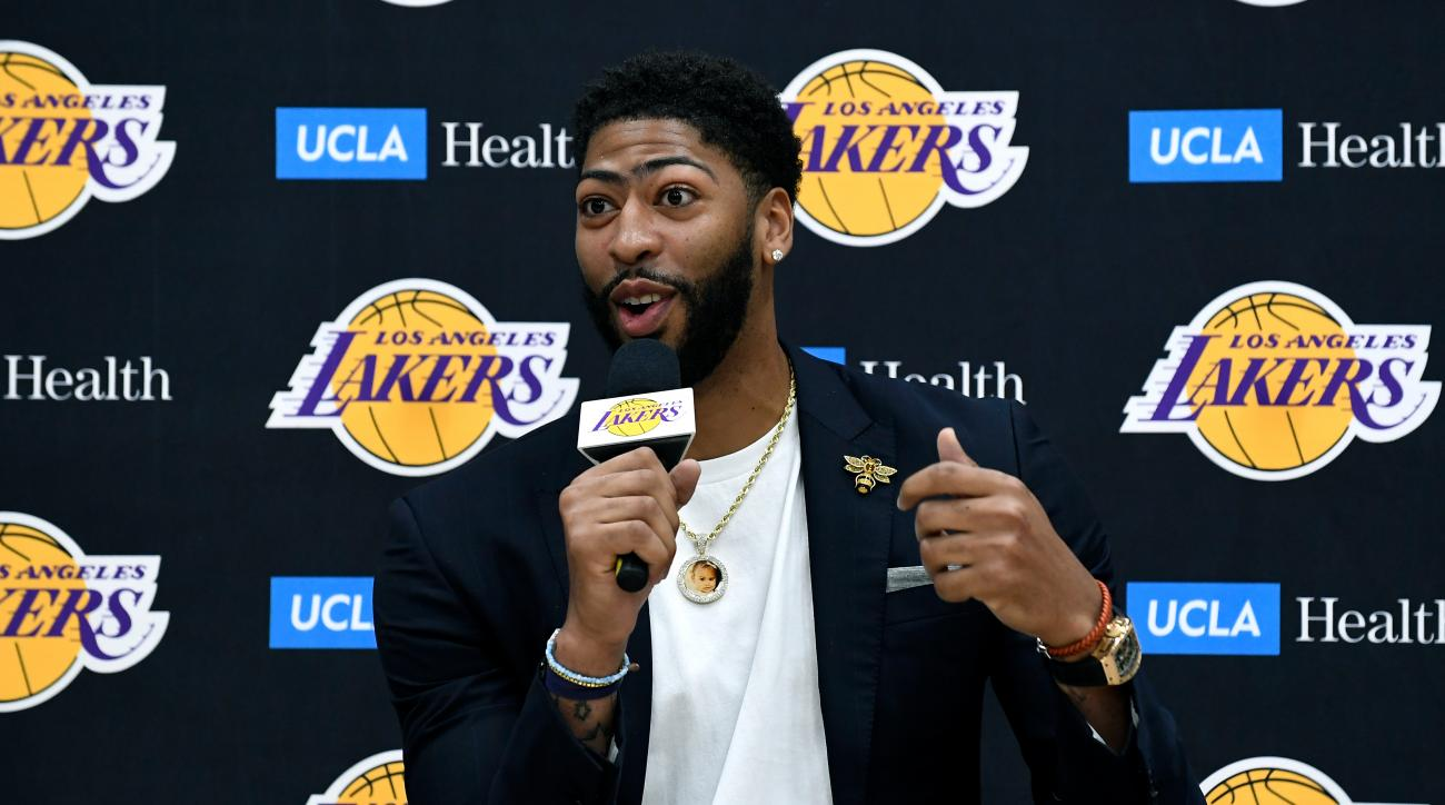 Anthony Davis Confident in Lakers for 2019-20: 'I'll Put Our Roster Up Against Anybody'