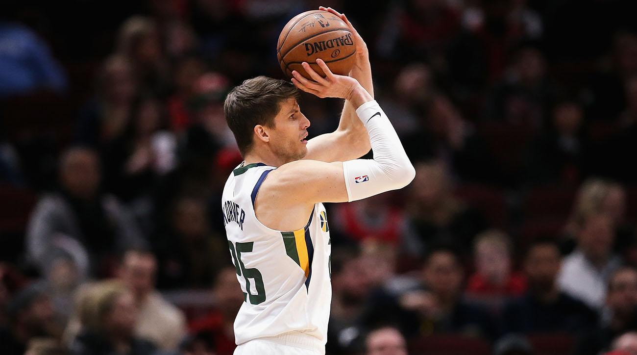 Kyle Korver signs with Bucks
