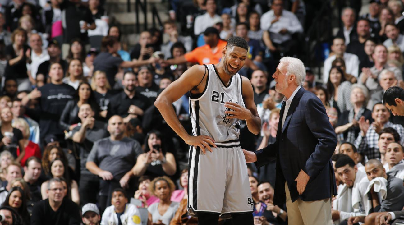 Tim Duncan becomes Spurs assistant coach