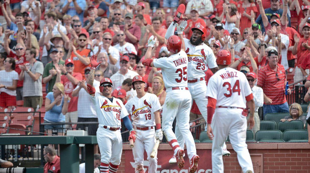 Cardinals-Pirates: Announcers react to Lane Thomas grand slam (video)