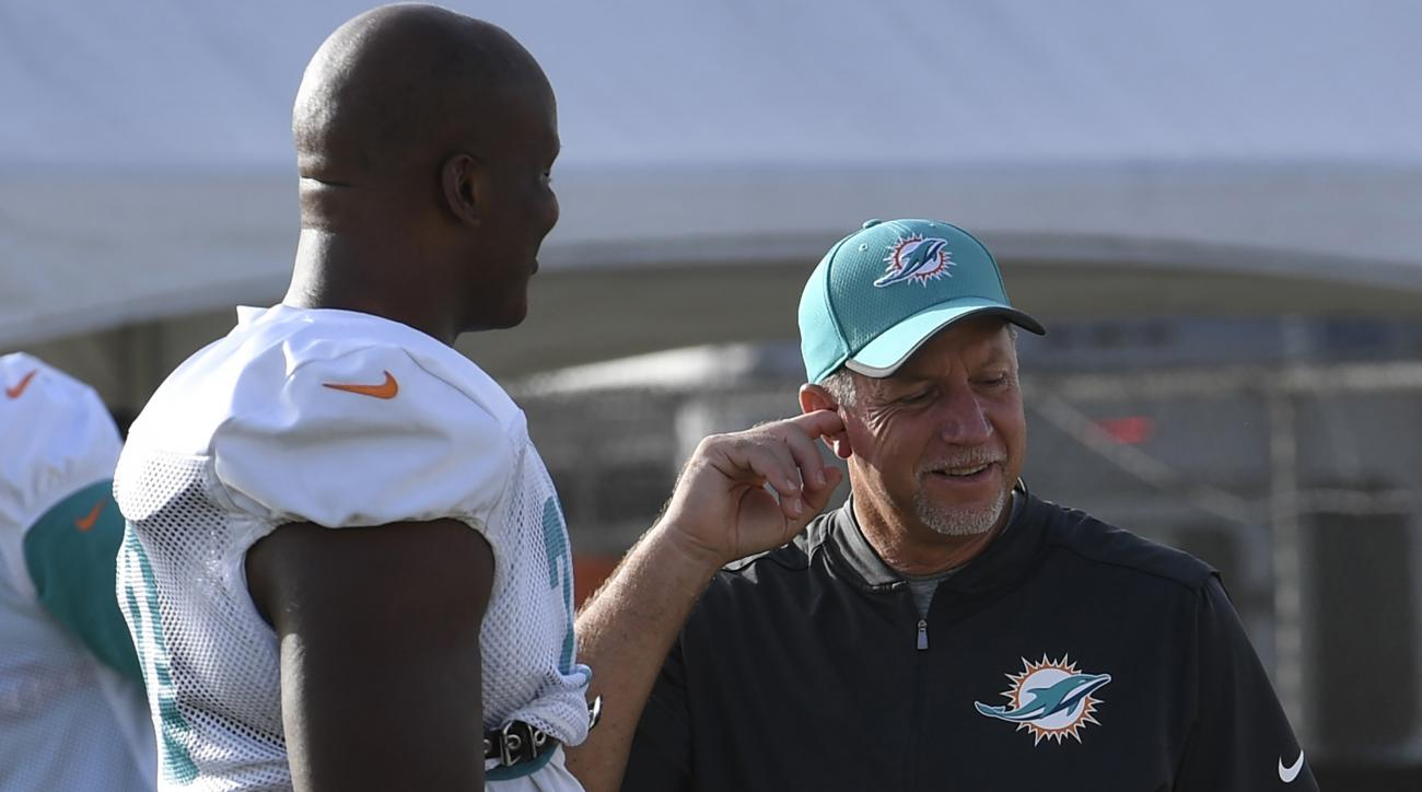 Report: Former Dolphins Coach Chris Foerster Returns to NFL With 49ers