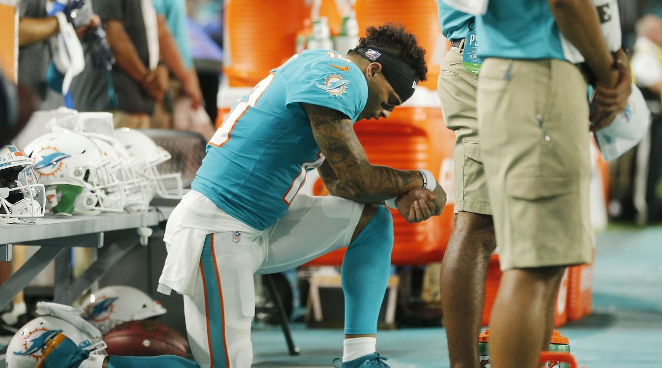 Dolphins Coach Brian Flores Explains Decision to Play Jay-Z After Kenny Stills Comments