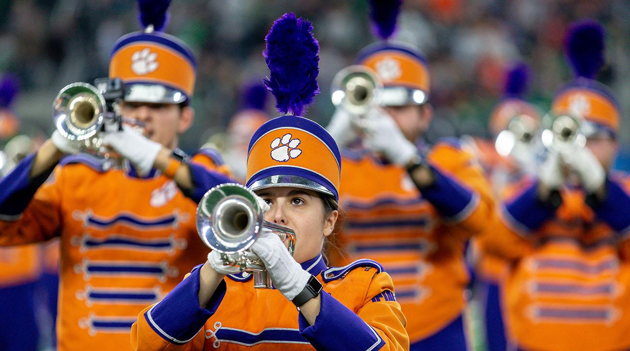 Clemson's Band Celebrates Win Over Texas A&M by Playing SpongeBob's 'Sweet Victory'