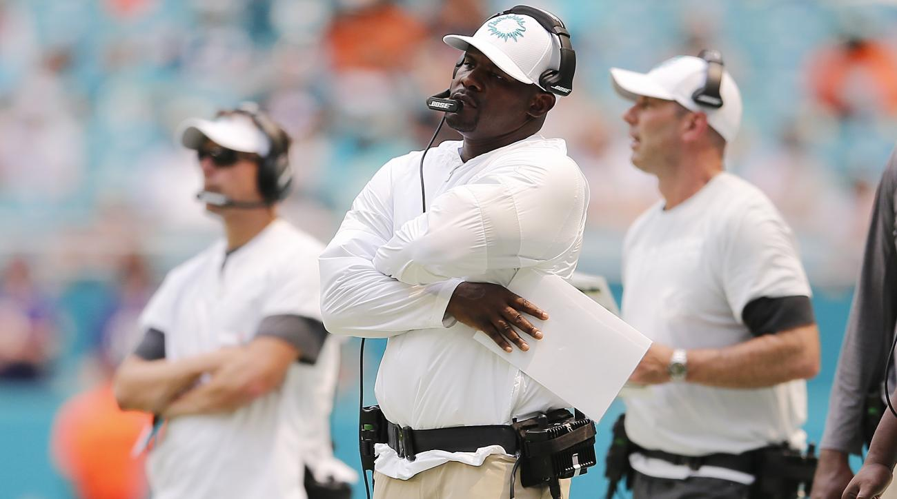 Report: Dolphins Deny Players Are Asking for Trades After Blowout Loss to Ravens