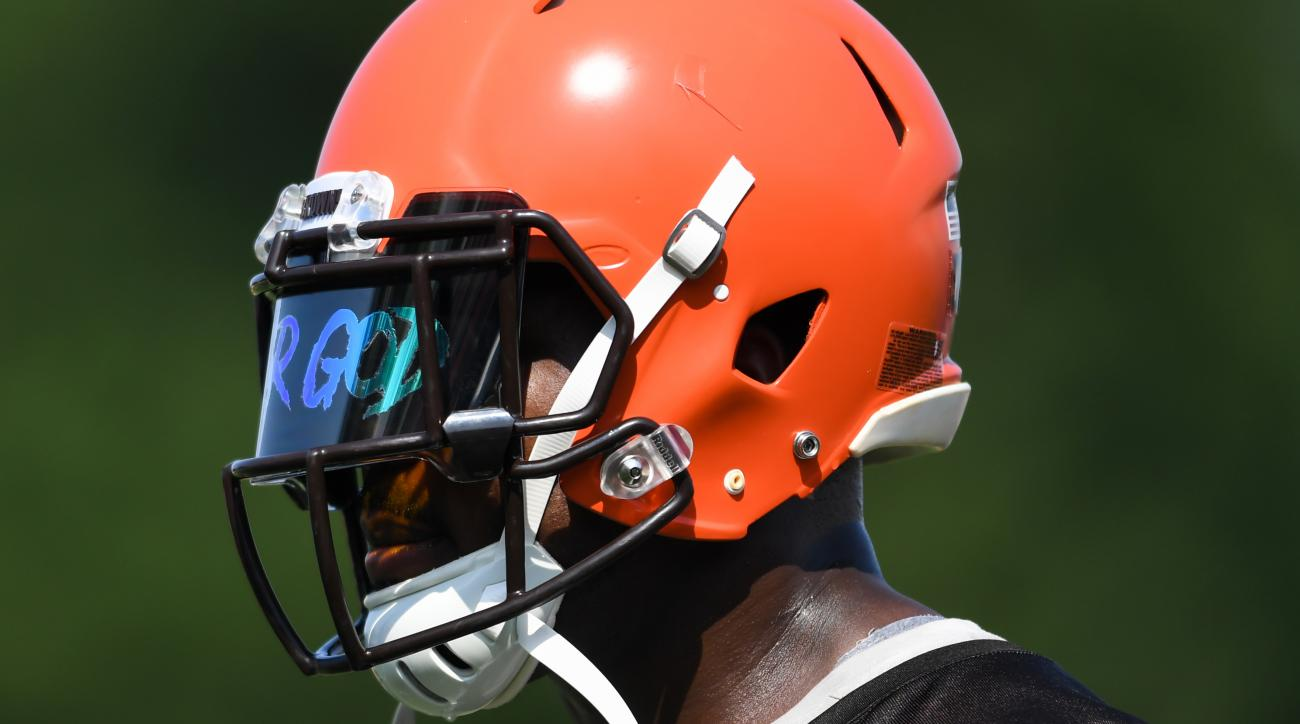 Petara Cordero, Girlfriend of Browns DE Chris Smith, Killed in Car Accident