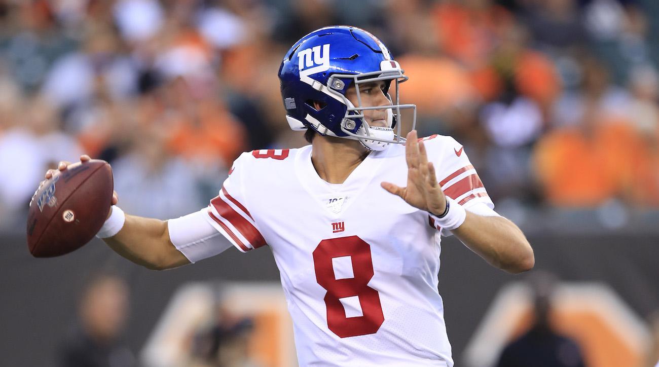 pretty nice 46f40 d8a47 Daniel Jones named Giants starting QB, Eli Manning benched ...