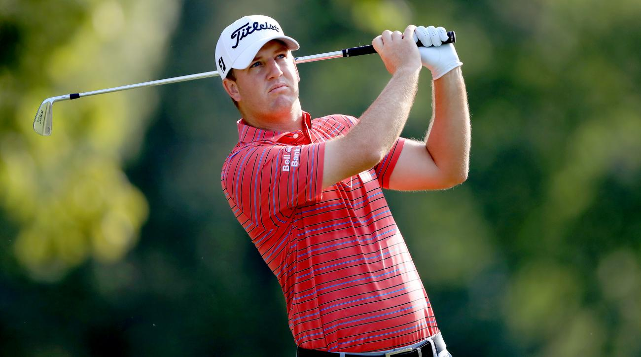 Hoge earns lead before weather halts Sanderson Farms Championship