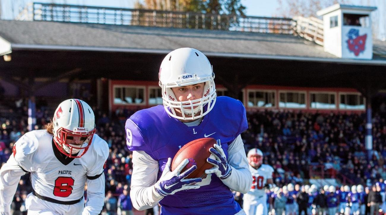 Football and family: How D-III Linfield College became power on verge of  history while overcoming tragedy