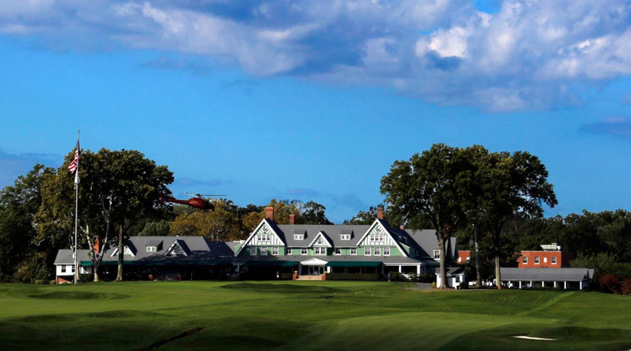 Oakmont Country Club is located northeast of Pittsburgh, near the Allegheny River in Western Pennsylvania.