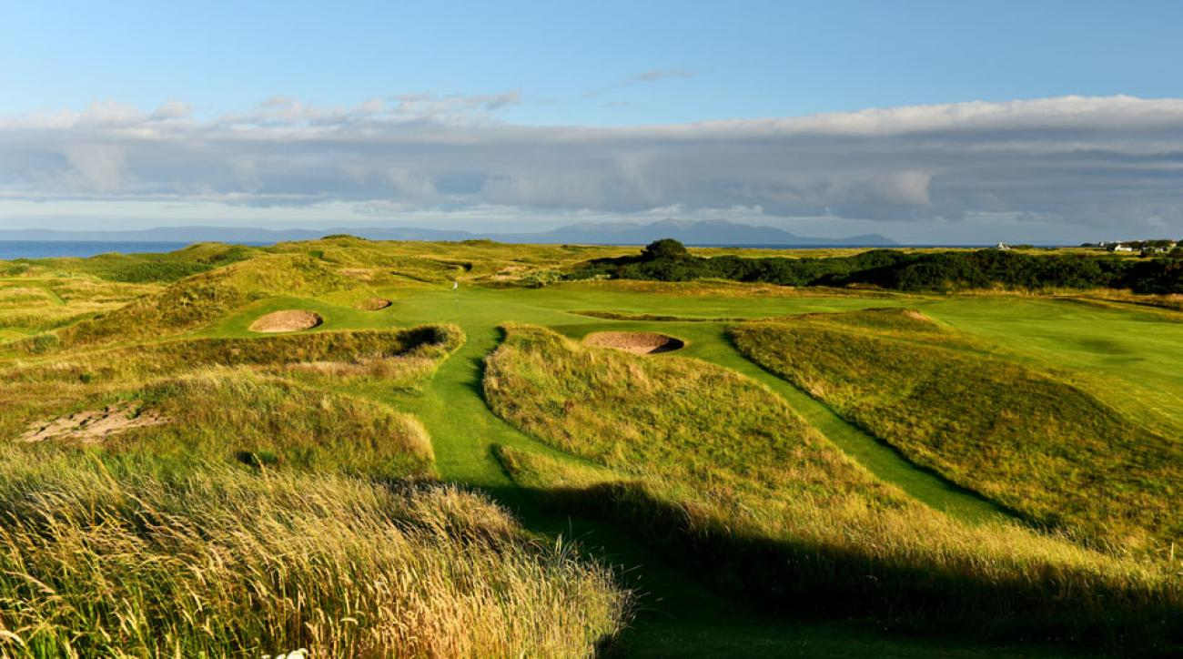 "The 123-yard, par-3 8th hole, ""Postage Stamp,"" on the Old Course at Royal Troon."