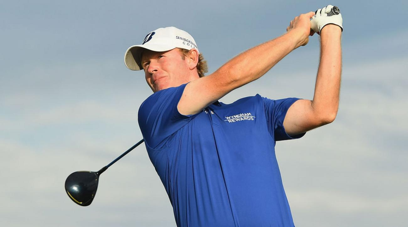 Fresh off a Ryder Cup victory in Minnesota, Brandt Snedeker is climbing the leaderboard in Fiji.