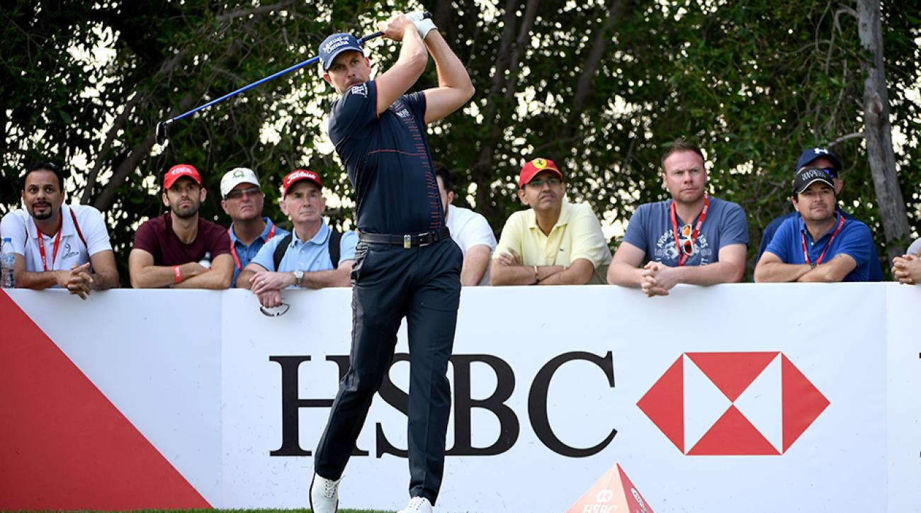 Henrik Stenson has the first-round lead at the Abu Dhabi HSBC Championship at Abu Dhabi Golf Club.