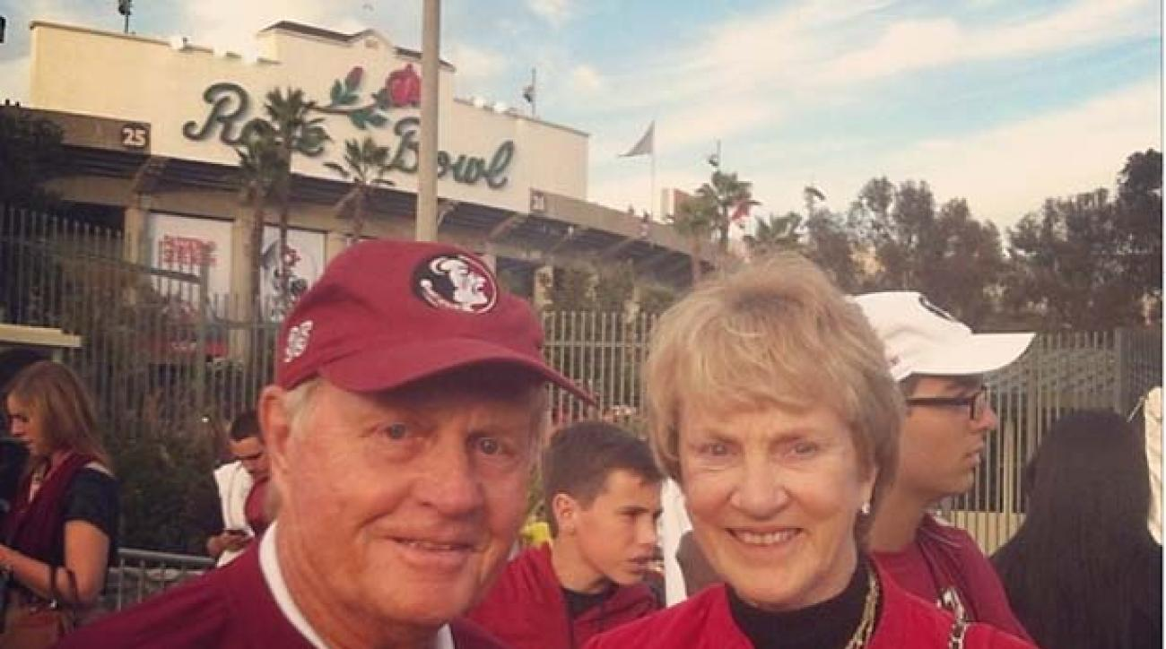 Jack Nicklaus' Instagram of him and wife Barbara outside the gates of the Rose Bowl.