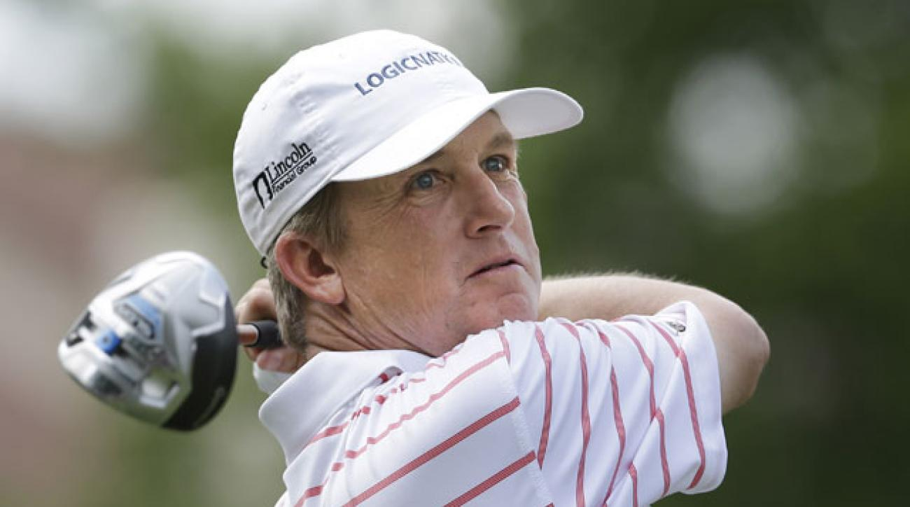 David Toms watches his tee shot on the 18th hole during the third round of the Crowne Plaza Invitational.