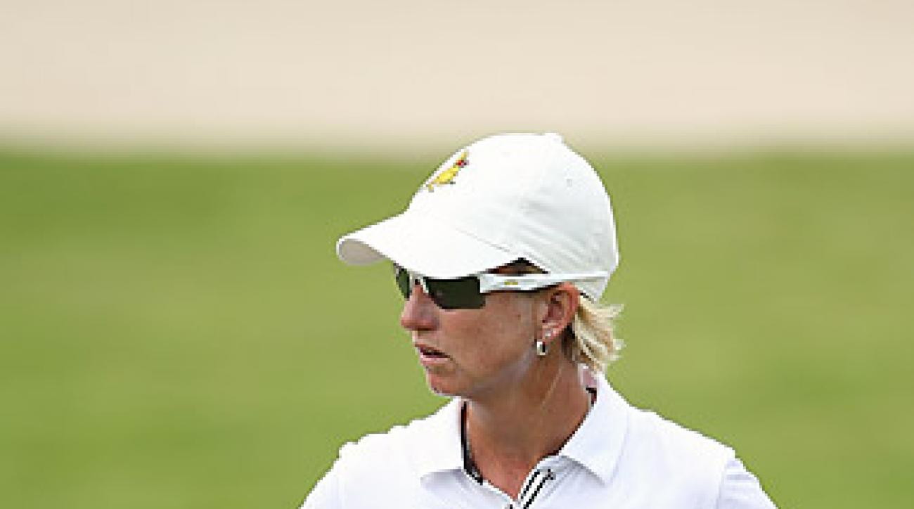 Three back nine birdies helped Karrie Webb preserve a one-shot lead heading into Sunday's final round.