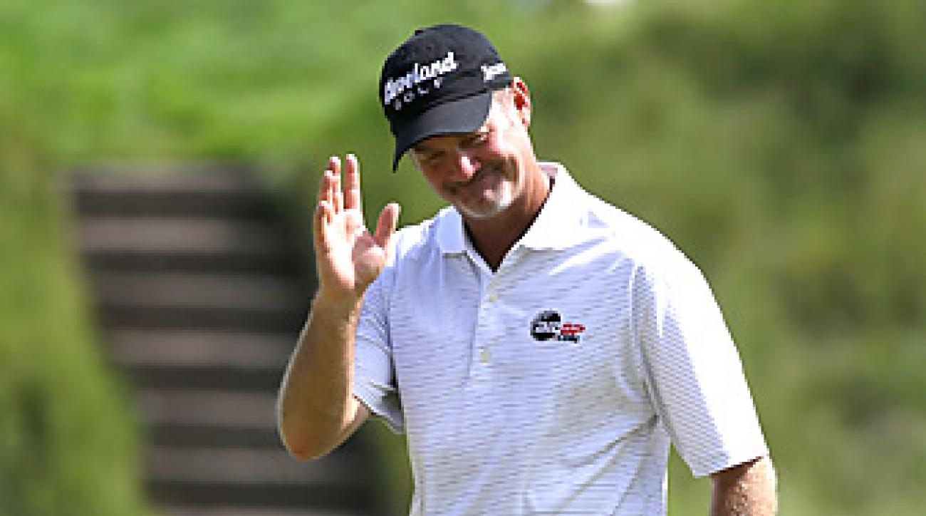 Jerry Kelly shot an even-par 70 in the opening round at Merion.
