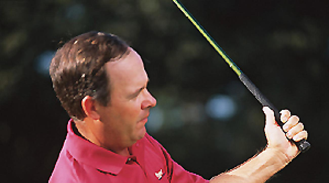 Allow your left arm to fold to straighten a slice.