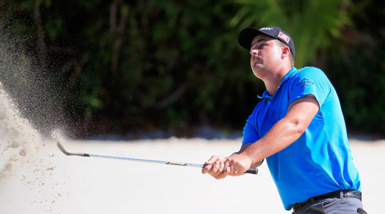 Michael Putnam leads the OHL Classic at Mayakoba by a shot.