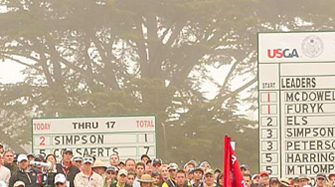 Webb Simpson chipped to within four feet on the 18th hole and made the putt to eventually win by one shot.