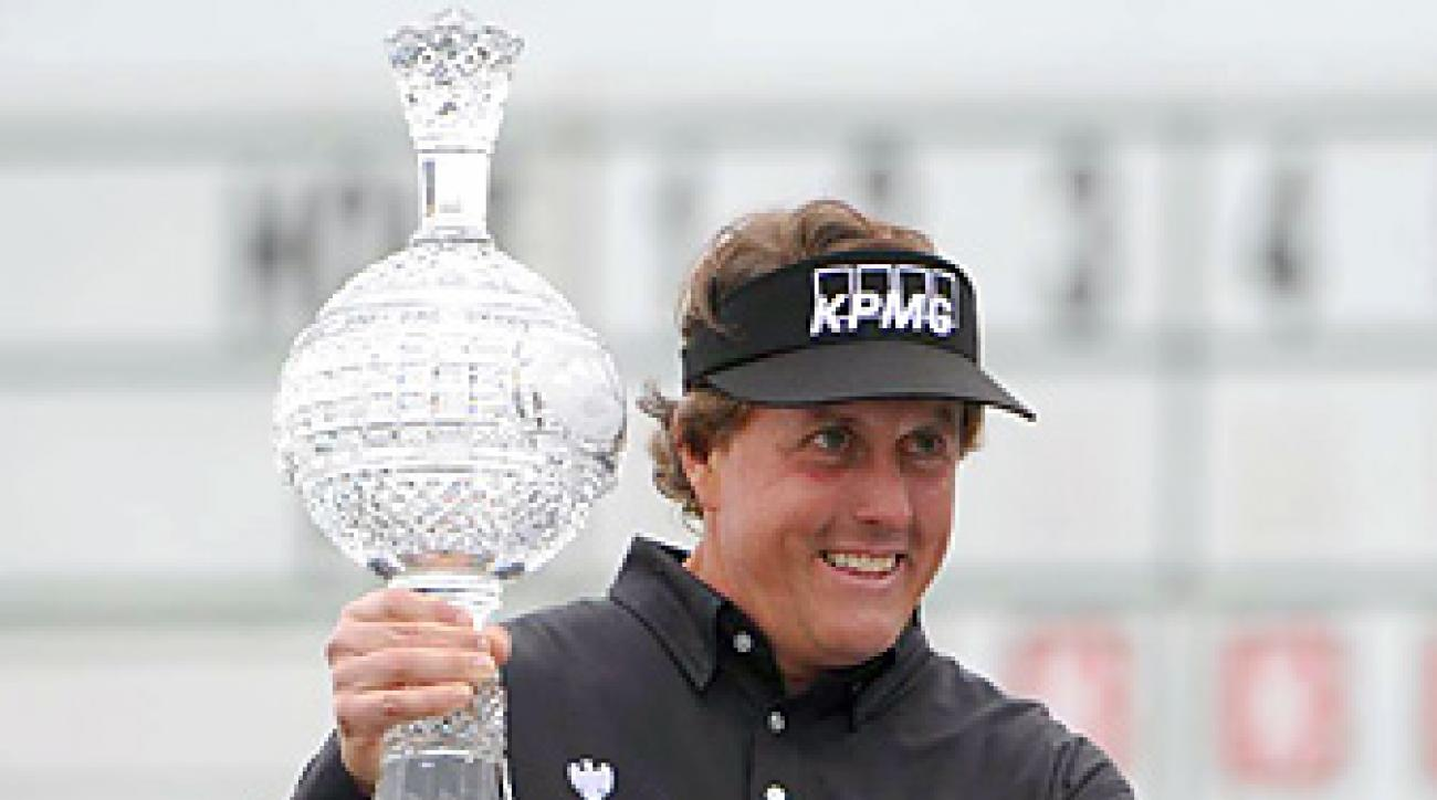 Phil Mickelson earned his 40th career victory.