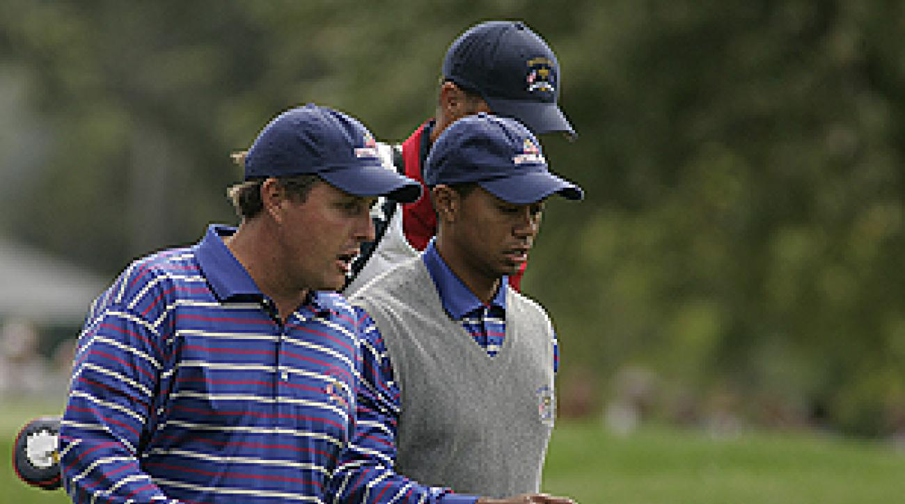 Phil Mickelson and Tiger Woods never clicked as a team at Oakland Hills.
