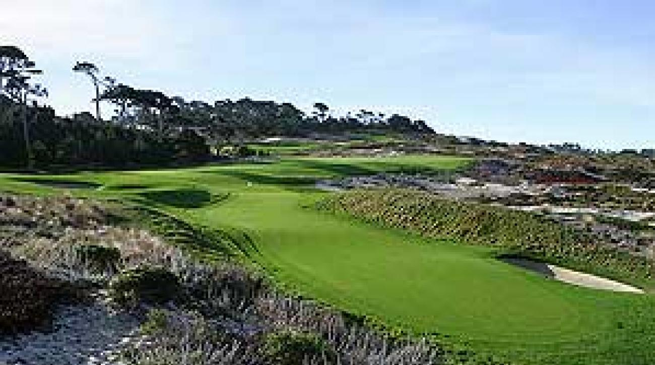 The 370-yard par-4 fourth hole at Spyglass Hill.