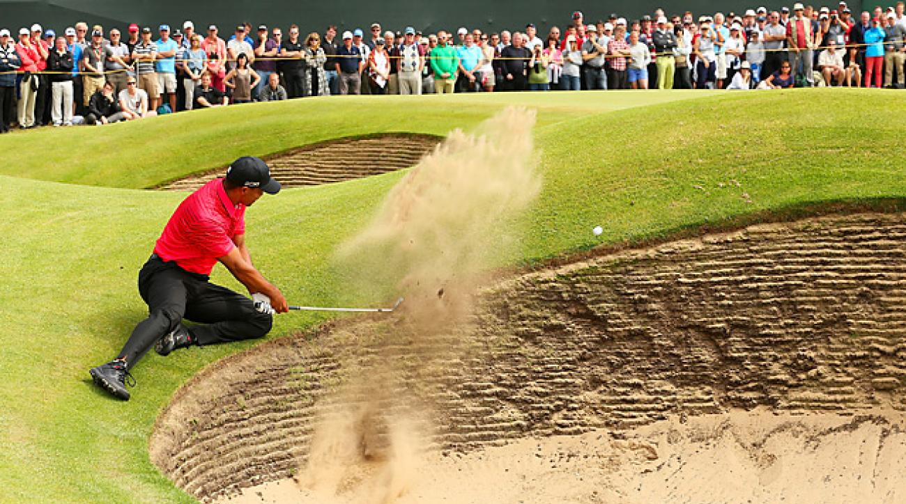 Tiger Woods tried a risky bunker shot on the sixth hole in the final round, and made a triple bogey.