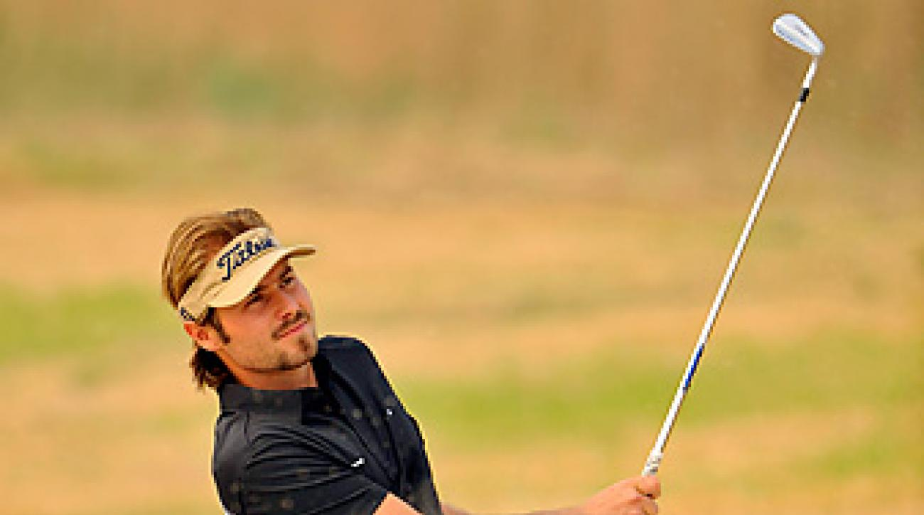 Victor Dubuisson leads by two shots at the Ballantine's Championship