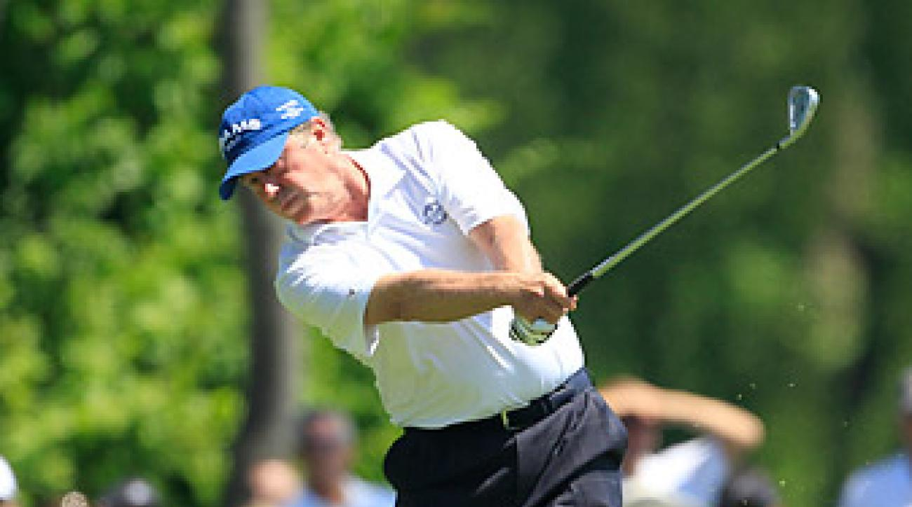 Allen fired a 64 on Friday to move in contention.
