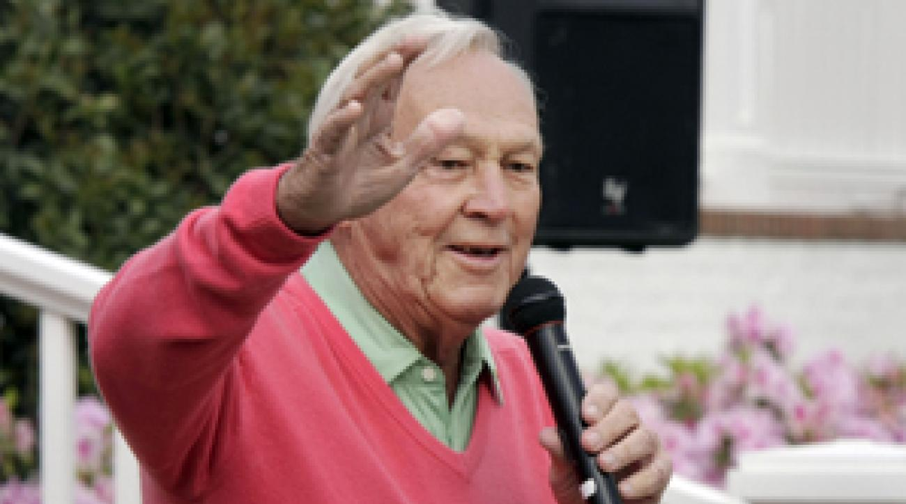 Arnold Palmer and Phil Mickelson held a charity event in Arkansas on Tuesday.