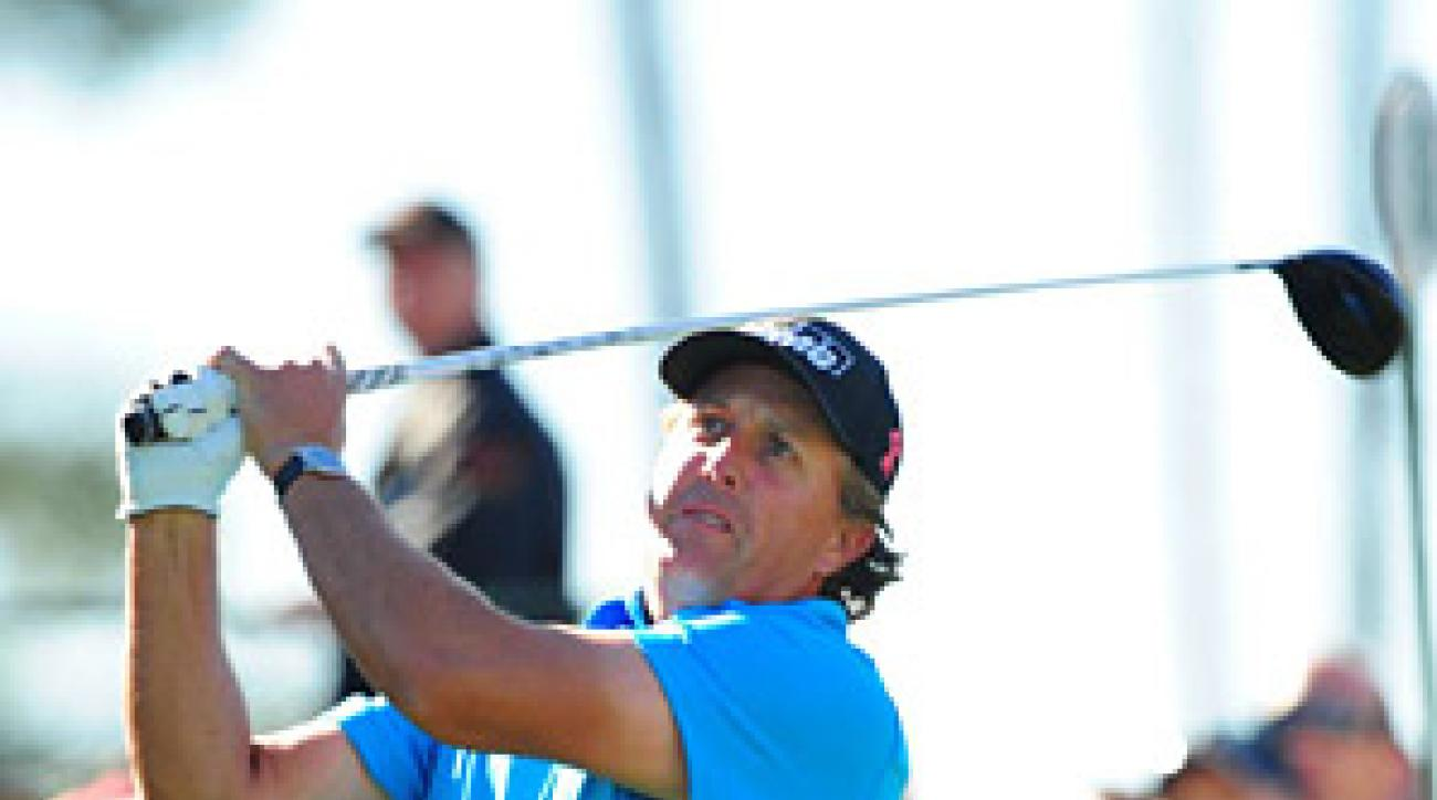 With a victory this week, Mickelson can become the modern King of Augusta.