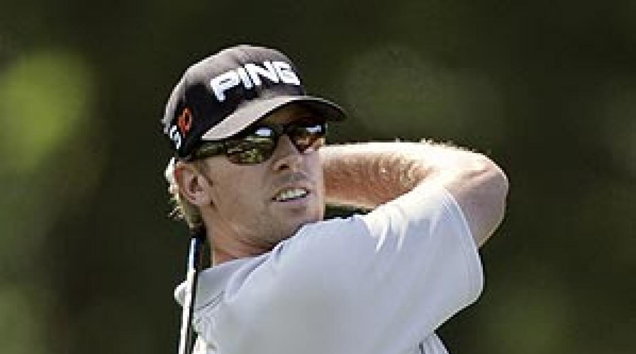 Mahan's 62 included an eagle, bogey and eight birdies.