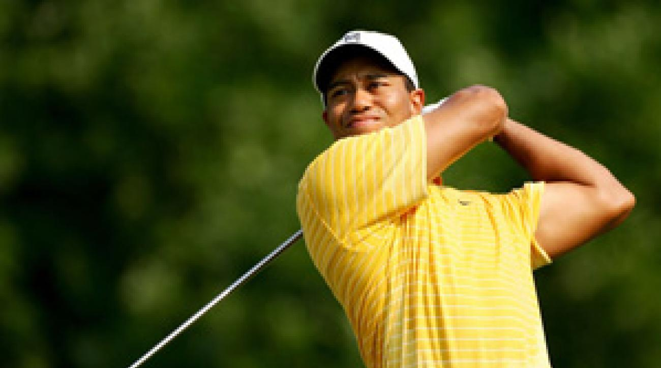 Woods had four birdies and two bogeys for a first-round 68.