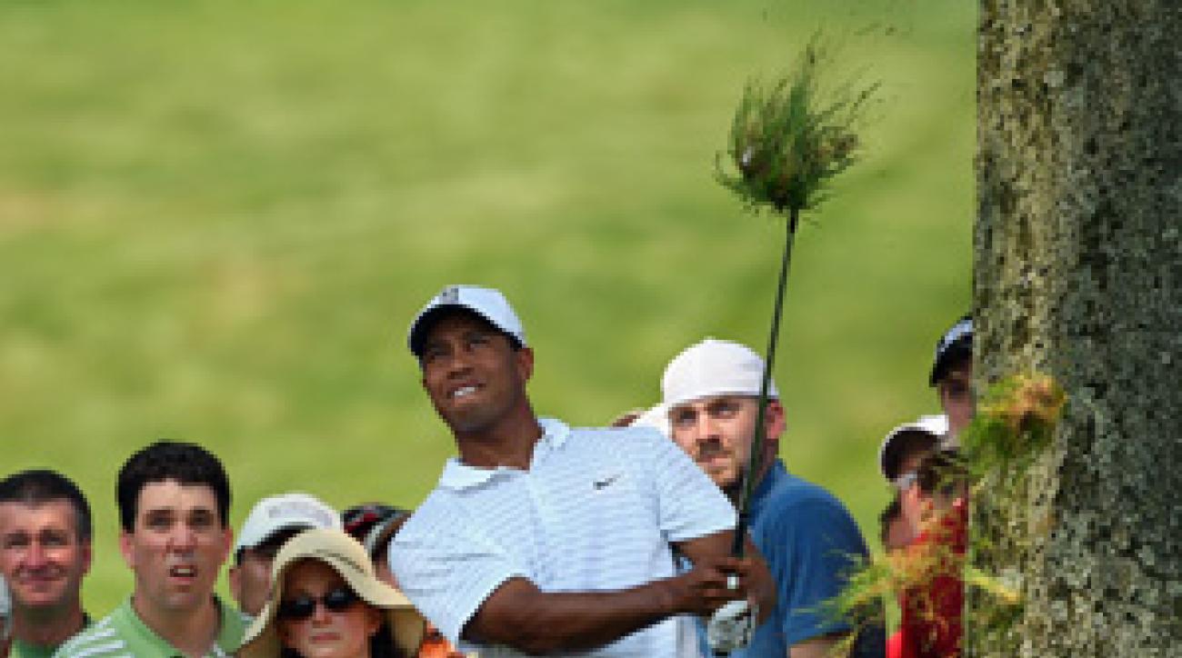 Tiger Woods made nine pars on the back nine.