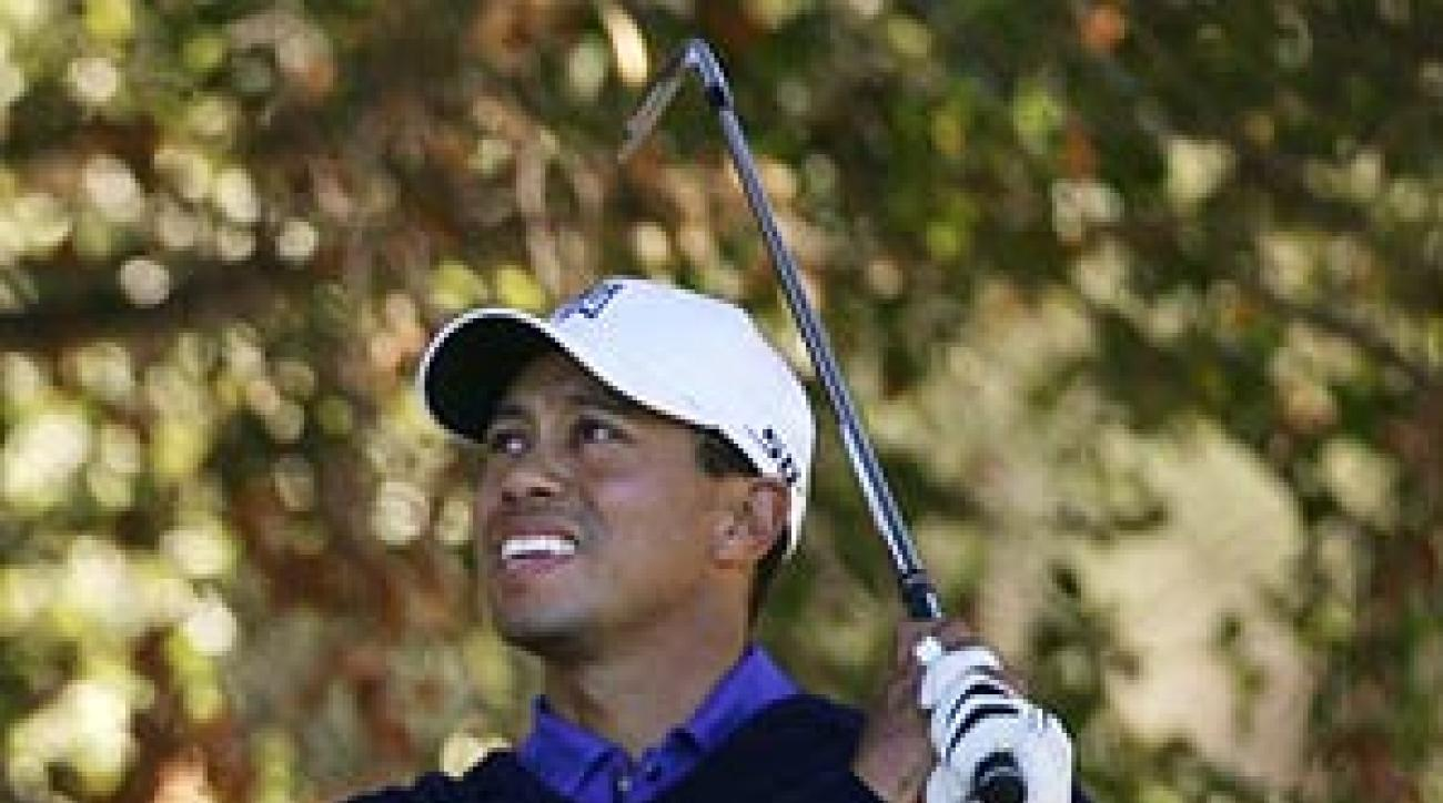 Woods finished the first round with a 3-under 69.