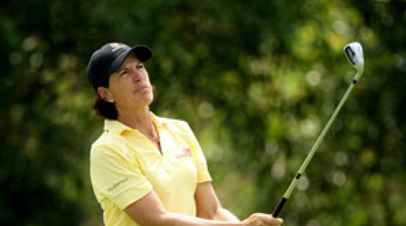 Juli Inkster made four birdies and one bogey on Saturday.