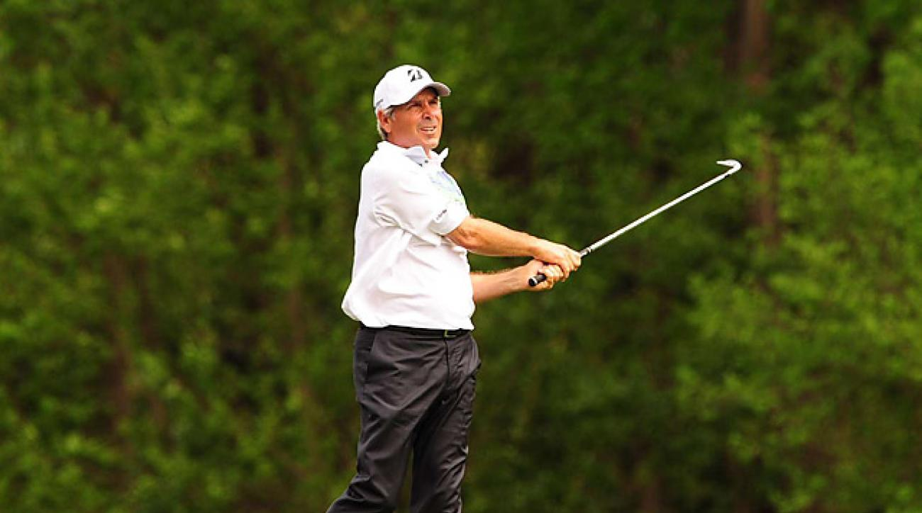 Fred Couples is one behind Jason Day's lead after the second round.
