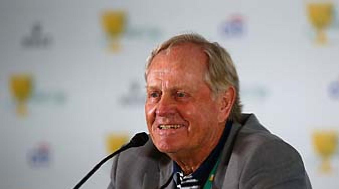 Jack Nicklaus holds court Tuesday at his Muirfield Village course, host site for the Presidents Cup.