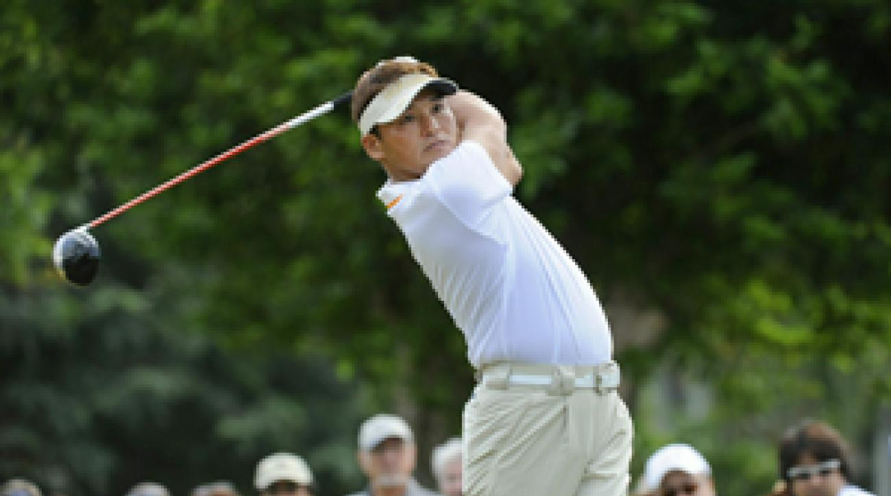 Shigeki Maruyama made eight birdies and three bogeys in the second round.