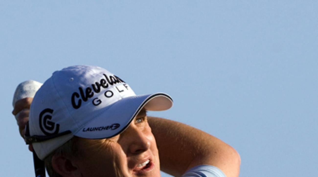 <p>David Toms was only one shot behind Johnson going into the par-5 18th, but Toms found a fairway bunker off the tee, and he finished with a par.</p><p>