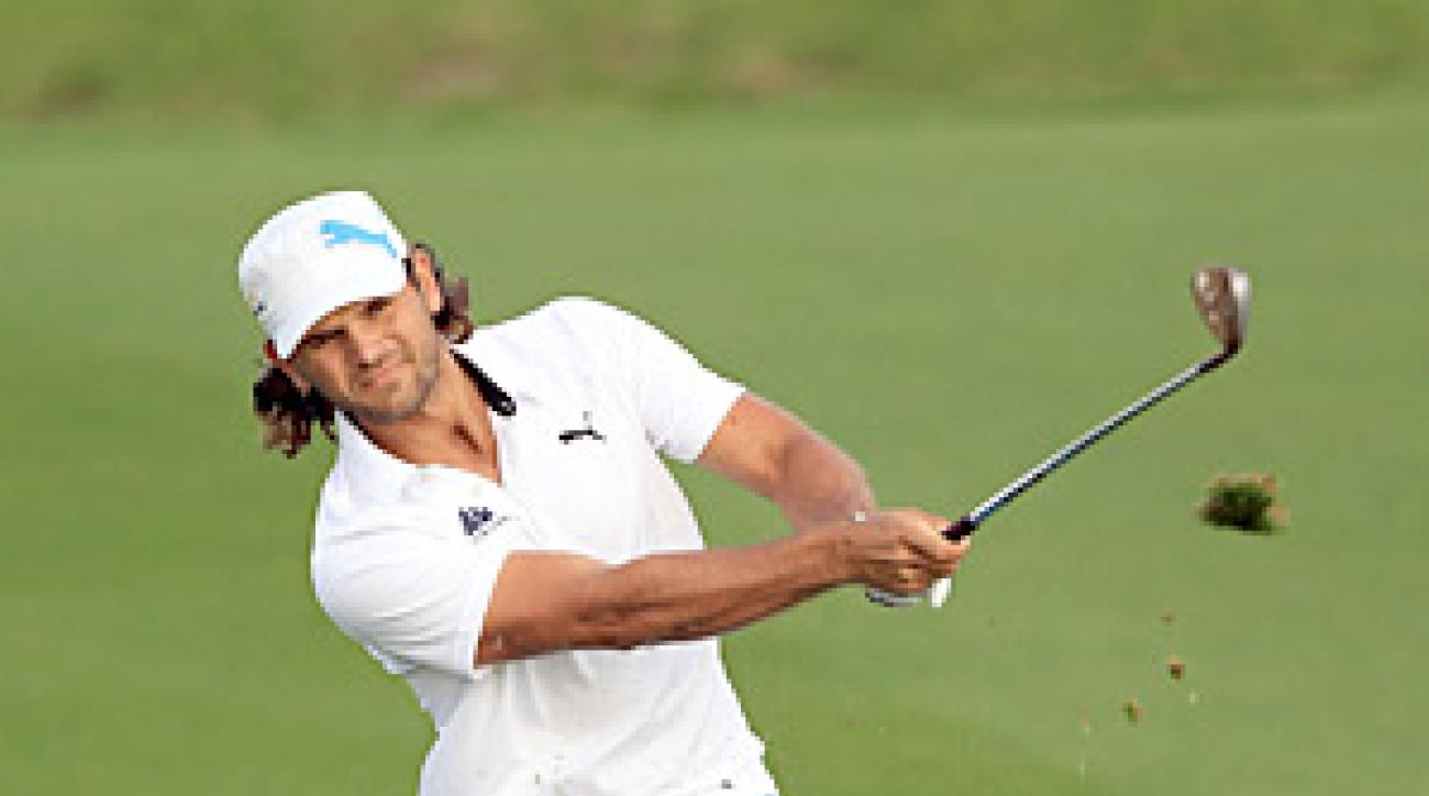 Johan Edfors shot an eight-under 64 on Thursday to take the lead by two shots.